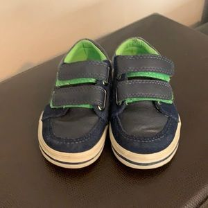 Elements Baby Dress Shoes.  Size 6.